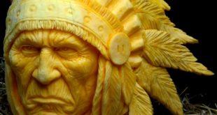 Индеец из тыквы на Хэлоуин