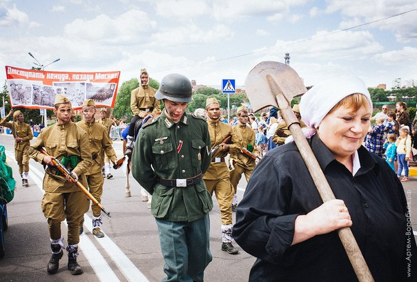 Фашисты на дне России